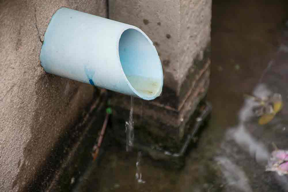 Drain Leaking Water That Will Attract More Wasps
